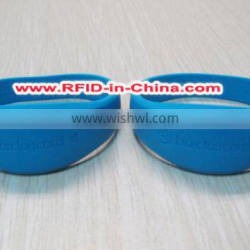 Wholesale 13.56MHz Festival Silicone RFID Bracelet for Events