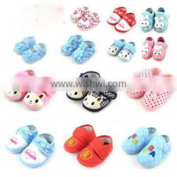 Factory outlet low price soft sole baby toddler shoes fancy comfortable cotton newborn baby shoes