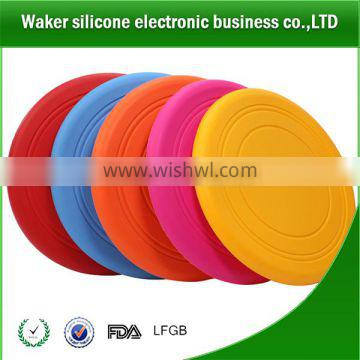 Wholesale silicone dog frisbee bite resistant pet dog products