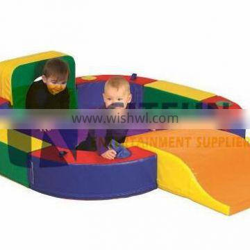Discovery Center with Tunnel and Slide Playset