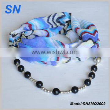 Beads chain pendant scarf color texture design scarf
