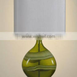 wholesale modern style thicken base green glass table lamp with silver rectangular lamp shade for reading or working