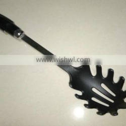 Alibaba retail nylon kitchen utensils 2013 the best selling products made in china
