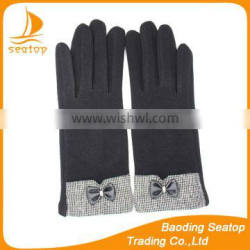 Lovely ladies premium fingered spandex velvet bowknot gloves