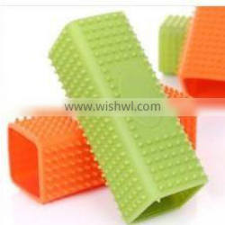 eco-friendly high quality silicone pet brush