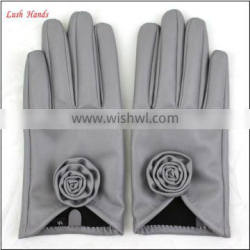 ladies wholesale cheap PU leather hand gloves grey with roses