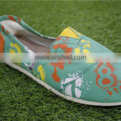 Abstract in the printing leisure canvas shoes
