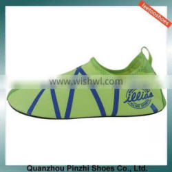 latest waterproof warm welome stcok aque shoes