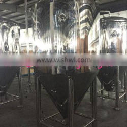 Commercial cooling jacketed 250 gallon brew fermentation tank