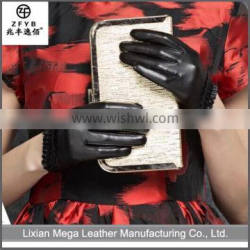 New design fashion low price Goatskin Leather Driver Gloves