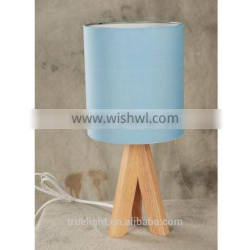 hot saled wooden E27*1 table lamp, fabric /cloth small desk light
