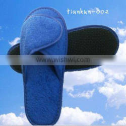 Sell like hot cakes magic stick slippers aerial fashion slippers