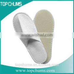 Alibaba Gold Supplier Wholesale Personalized Disposable Hotel Slippers Made In China
