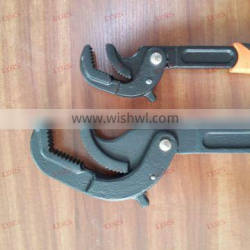 Industrial Multi-Functional Pipe Wrench