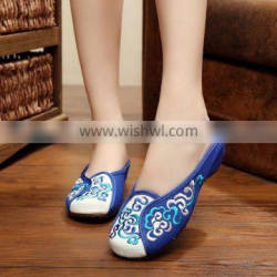 Women Casual Slippers Sandals Chinese Style Flower Embroidered Ladies Cotton Flat Shoes Oxford Sole No logos