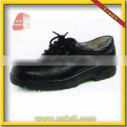 Acid and alkali resistant safety shoe with CE certified
