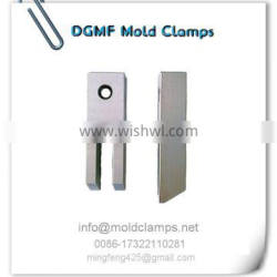 Injection mold clamp factor