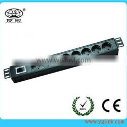 19 inch 8 way German ip PDU for cabinet