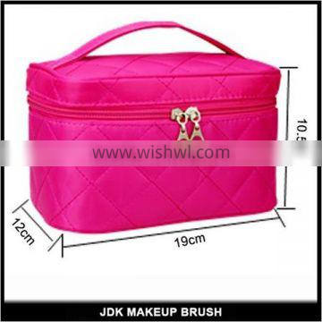 Hot Sell Lattice Embroidered Square Cosmetic Bag Wholesale Canvas Cosmetic Bag