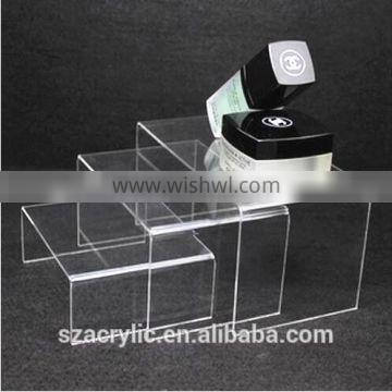 3 tier display cosmetic/jewelry acrylic stand holder