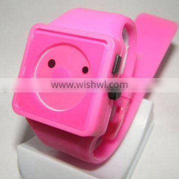 Lovely cheap silicone jelly smile face watch colours for kids
