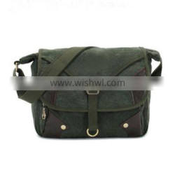 Mens cool school cross messenger in canvas and leather