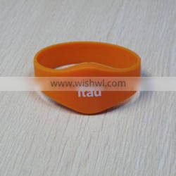 2015 Hot RFID Design Your Own Silicone Wristbands, 125KHz/13.56MHz RFID Wristbands with Factory Low Price