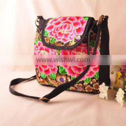 Ethnic embroidered shoulder bag China alibaba high quality ethnic embroidery messenger bag for ladies