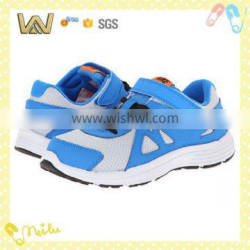 Famous mesh breathable hook and loop sneaker shoes kids