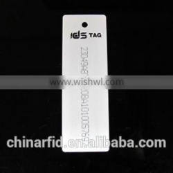 Low Cost RFID Garment Labels for Clothes Warehouse Management