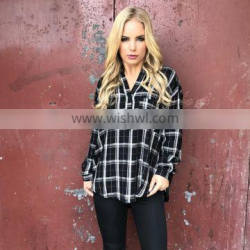 100% Viscose Deep V-neckline with Buttons Plaid Blouse for Lady