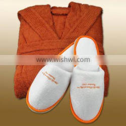 customized brown color deluxe spa robe and slipper set