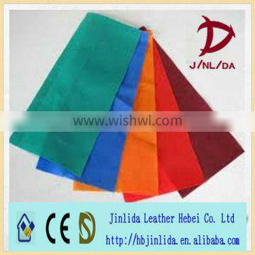 Shopping bags of colorful Polypropylene spunbonded unwoven cloth