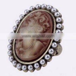 Fashion New Vintage Palace Wind Lady Portrait Pearl Women's Alloy Finger Ring