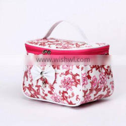 Promotional hot shinny cosmetic bags