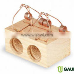 Wooden rat trap with holes