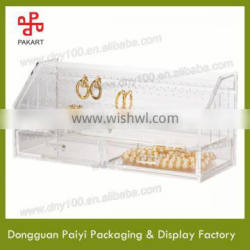 Clear acrylic box with lid for jewelry
