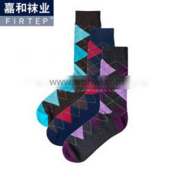 men's soft-cotton socks come in Argyle from Guangzhou socks factory