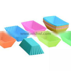Free Sample Food Grade Heat resistant Nontoxic Silicone Mousse Cake Friandises Pudding Baking Mold Muffin Cup